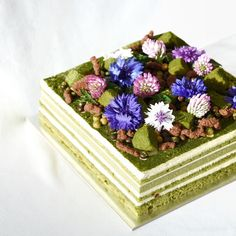 Matcha tiramisu will be available again next week as well as -raspberry lychee Entremet , -mandarin & lychee entremet, -Yuzu cloud cake , -black sesame cloud cake , -fraisier strawberry cake! Check out our availability page on www.kravingk.com for more details!