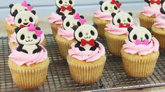 How to Make Panda Cupcakes!
