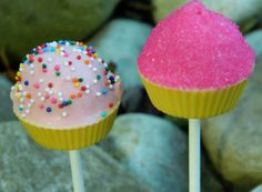 I had some leftover cake balls from the pops I made last night. I've been seeing a lot of these cupcake pops lately, and they are just so cute! I've made cupcake bites before, but nev…