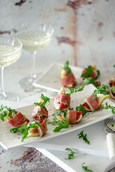 Fig, Prosciutto & Gorgonzola Appetizers - Temptation For Food Fig Appetizer, Prosciutto Appetizer, Italian Appetizers, Parsnip Puree, Potato Puree, Apple Walnut Salad, Beef Fillet, Roasted Fennel, Gluten Free Puff Pastry