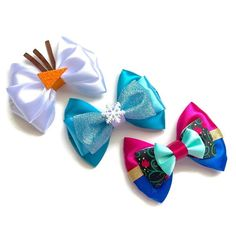 Elsa Anna Olaf Disney Frozen Inspired Character Hair bow These Bows are inspired by the characters from the film Frozen. These bows measure approx. Olaf Frozen, Disney Frozen, Film Frozen, Frozen Hair Bows, Disney Hair Bows, Anna Y Elsa, Fabric Hair Bows, Ribbon Hair, Fabric Flower Tutorial
