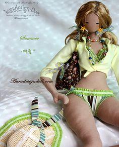Японские, корейские тряпичные куклы: идеи и выкройки: myrtus_niveus Sewing Projects For Kids, Sewing For Kids, Doll Clothes Patterns, Doll Patterns, Human Doll, Softie Pattern, Doll Wigs, Doll Maker, Soft Dolls