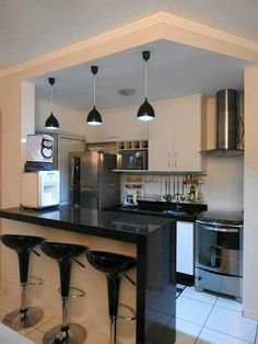 Modern Kitchen Interior Designing a contemporary cooking area? Be influenced by this option of modern kitchen areas to select the very best coatings, materials as well as accessories for your new space Home Decor Kitchen, Kitchen Design Small, Kitchen Remodel, Kitchen Decor, Modern Kitchen Set, Home Kitchens, Minimalist Kitchen, Kitchen Sets, Kitchen Design