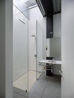 shower simplistic perfection