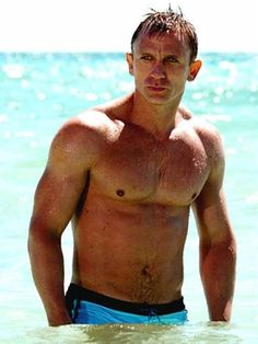 Daniel Craig - Never paid attention to him until Cowboys & Aliens. There's just something hot about a man in a cowboy hat & chaps.  Repin By    http://www.mosaicmosaic.com/