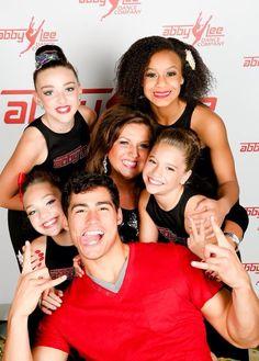 Maddie Ziegler, Mackenzie Ziegler, Kendall Vertes, Jordan Rodriguez, Abby Lee Miller and Nia Frazier Europe Tour