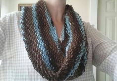 Check out this item in my Etsy shop https://www.etsy.com/listing/250954450/knitted-cowl