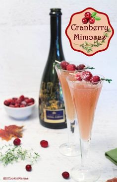Cranberry Mimosa A Cocktail For The Holidays Champagne With The & cranberry mimosa ein cocktail für die feiertage champagner mit Cranberry Mimosa A Cocktail For The Holidays Champagne With The & Sunday brunch recipes Christmas Cocktails, Christmas Brunch, Holiday Cocktails, Christmas Meals, Craft Cocktails, Holiday Dinner, Christmas Morning, Party Drinks, Christmas Eve