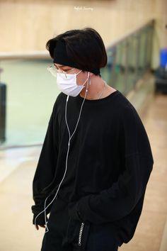 Yg Ikon, Ikon Kpop, Kim Jinhwan, Koo Jun Hoe, Kim Dong, Perfect Timing, Airport Style, Face Claims, Yg Entertainment