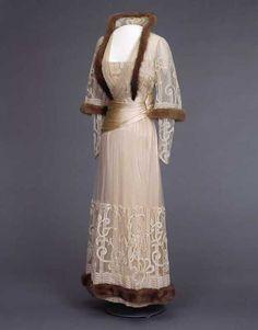 1915-1917 Dress, Nasjonalmuseet for Kunst, Arketektur, og Design