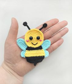 PATTERN Bee Applique Crochet Pattern PDF Instant Download Baby Shower Gift Spring Bug Applique Pattern Motif Ornament for Baby Blanket ENG