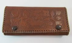 VINTAGE BROWN TOOLED LEATHER PURSE WALLET WITH REAR HAND WRIST STRAP R11260 For more pictures of the same please visit any of my blogs: Tumblr  link   http://sangriasuzie.tumblr.com/ Wordpress blog link  http://sangriasuzie.org/ http://stores.ebay.co.uk/Sangriasuzies-Emporium http://www.sangriasuzie.com/ If any of the  items pictured in this blog/pin take your fancy they can be bought from one of the above addresses.  Or e-mail me at drobertshq@hotmail.com   if you need more info.