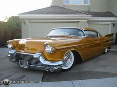 Photo of a 1957 Cadillac Coupe DeVille Radical Kustom (PhatCaddy)