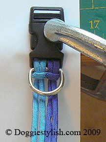 Per cm 30 cm paracord. How To Make A Paracord Dog Dollar Using The Seesaw Knot Paracord Braids, Paracord Knots, Paracord Bracelets, Paracord Tutorial, Diy Collier, Diy Dog Collar, Paracord Projects, Dog Collars & Leashes, Dog Crafts