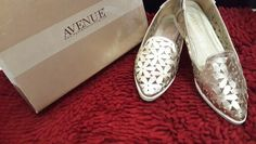 Gold flats cutout #avenue