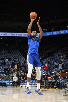 Kevin Durant of the Golden State Warriors shoots the ball during warmups before the game against the Philadelphia on November 11 2017 at ORACLE. Durant Nba, Kevin Durant, Sports Sites, Golden State Warriors Pictures, Basketball Skills, Brooklyn Nets, Nba Champions, Aba