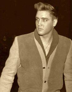 nice candid - Elvis