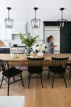 Check out this beautiful dining area in this town home remodel! Loving those pendants! Kitchen Soffit, Kitchen Dinning Room, Dining Room Design, Dining Room Table, Wood Table, Dining Chairs, Modern Farmhouse Kitchens, Farmhouse Design, Home Kitchens