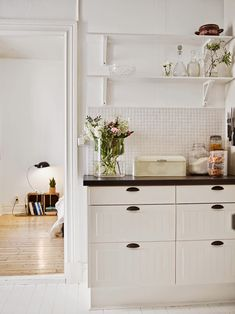 my scandinavian home: A lovely Gothenburg apartment to kick off the week