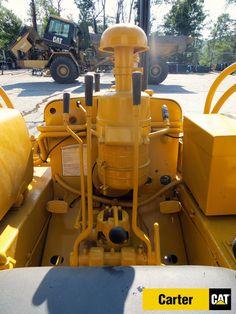 D2 Caterpillar Bulldozer, Caterpillar Equipment, Antique Tractors, Vintage Tractors, Mining Equipment, Heavy Equipment, Earth Moving Equipment, Cat Machines, Crawler Tractor