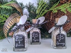 essential oil and sea salt gift idea @diyshowoff  blog hop with links to more essential oils gift ideas/tutorials