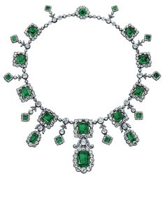 An Historic Early 19th Century Emerald and Diamond Fringe Necklace