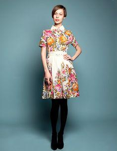 MARIA - Shirtwaist dress made of woolen shawl (pink)