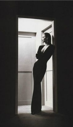 Christy Turlington black and white elegance