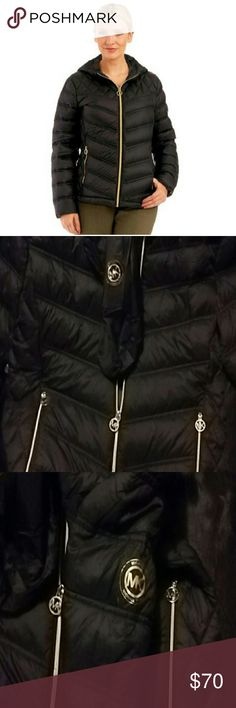 """MICHAEL Kors Packable Down Puffer Hooded coat Lightweight, yet totally warm, this MICHAEL Michael Kors puffer is the ultimate coat for chilly days out. The matching """"pack-sack"""" is perfect for an on-the-go lifestyle. Allover quilted nylon with down and feathers fill Front zipper closure Attached hood Lightweight-feel jacket with super warmth Zip side slant pockets Smocked at mid-back Includes coordinating packable, cinchable sack. Gold accents. Michael Kors Jackets & Coats Puffers"""