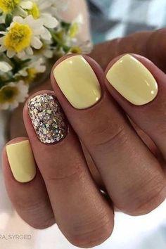 Wonderful Summer Nail Colors of 2020 - Summer nails Summer Gel Nails, Short Gel Nails, Summer Nail Colors, Nail Ideas For Summer, Beach Nails, Gel Nail Color Ideas, Nail Designs For Summer, Acrylic Summer Nails Beach, Pedicure Ideas Summer
