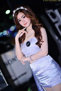 White bangkok snow Snow White