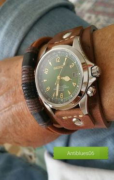 Buying The Right Type Of Mens Watches - Best Fashion Tips Seiko Alpinist, Seiko Presage, Dream Watches, Luxury Sunglasses, Leather Projects, Seiko Watches, Designer Handbags, Watches For Men, Watches Photography