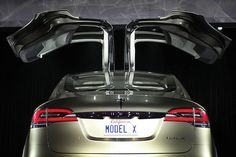Cool Tesla 2017: Tesla Model X – The Robust Electric Car That Can Tow Vehicles... Check more at http://24cars.top/2017/tesla-2017-tesla-model-x-the-robust-electric-car-that-can-tow-vehicles/