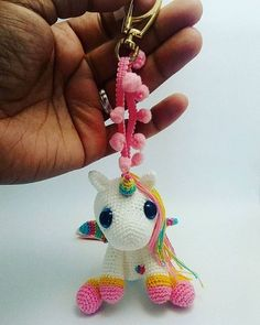 Unicorn with Rainbow Mane [Amigurumi] how to crochet unicorn – materials: white and golden yarn, blue, rose, purple etc. – colors of mane Poney Crochet, Crochet Pony, Crochet Horse, Crochet Unicorn, Cute Crochet, Crochet Animals, Crochet Crafts, Crochet Projects, Knit Crochet