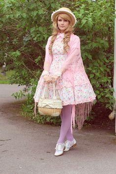 Pastel country lolita
