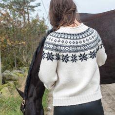 M30-07 Snøhvit genser   Du Store Alpakka Pullover, Knitting, Store, Sweaters, Books, Fashion, Breien, Livros, Tent