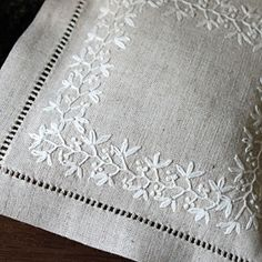 [エンベロープオンラインショップ] 刺繍のサシェ the linen bird 手芸