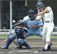 【2012夏栃木大会(決勝)】6回代打羽石が3塁打を放つ。