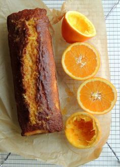 Appelsin-yoghurt kage (Recipe in Danish) Crazy Cakes, Cake Recipes, Dessert Recipes, Homemade Birthday Cakes, Danish Food, Bread Cake, Orange Recipes, Köstliche Desserts, Food Cakes