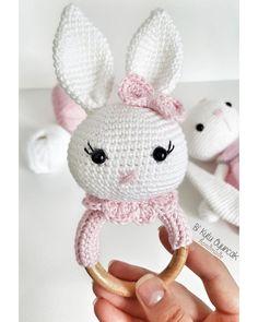 Best 12 Amigurumi diş kaşıyıcı #çıngırak #tavşan #rabbit