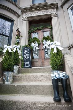 Christmas Decorated Stoop