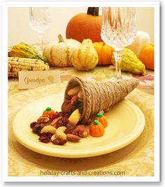 Thanksgiving Crafts To Make: Mini Cornucopia