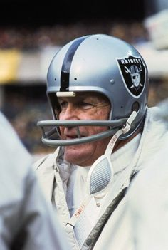 George Blanda Right now, I would like to see him play again. Football Photos, Football Memes, School Football, American Football, Football Team, Sports Photos, Nfl Photos, School Sports, Raiders Players
