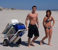 Beach Cart - wonder if the umbrella could go in the tube so you don't have to screw it into the sand? Fishing Cart, Fishing Tips, Fishing Boats, Vw T1 Samba, Beach Wagon, Beach Cart, Monogrammed Beach Towels, Diy Camping, Camping Stuff