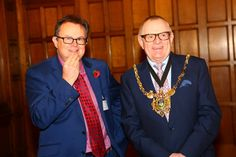 Prof Paul Hatton from The University of Sheffield with The Lord Mayor of Sheffield Peter Rippon