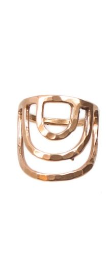 Flatter your finger with this bronze arched ring by Tiro Tiro.
