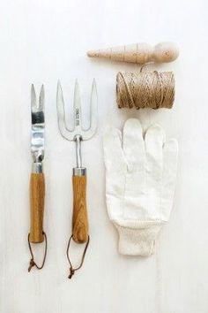 Fete December 2012 Gardening Tools