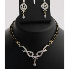 Buy Latest collecton of Skia Jewels Products Online ✯ authentic products, ✯ Hand curated, ✯ Timely delivery, ✯ Craftsvilla assured Designer Jewellery, Jewellery Designs, Necklace Designs, Gold Jewellery, Beaded Jewelry, Mangalsutra Design, Diamond Mangalsutra, Gold Necklaces, Diamond Settings