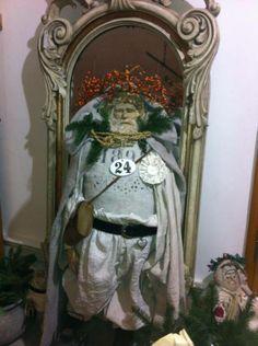 Grosser Pappmaschee-Santa von der Künstlerin Heide Gerth-Hein Aus der Weihnachtsausstellung auf Sylt bei Antikes & Mehr Amazing XXL Papermache Santa made by the artist - Heide Gerth-Hein <3<3<3
