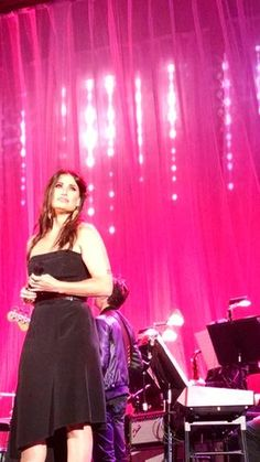 Idina Menzel .... Within the space of a week a got a chance to witness on stage two of my favorites (three actually).Kenny Loggins with his new band Blue Sky Riders at Co...